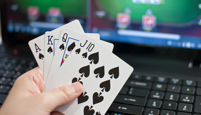 How to Make Profits at Online Poker